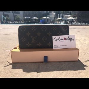 Louis Vuitton Zippy wallet never used!